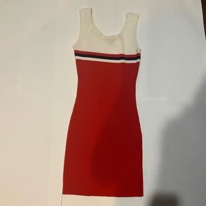 Kendall&Kylie casual body con red dress